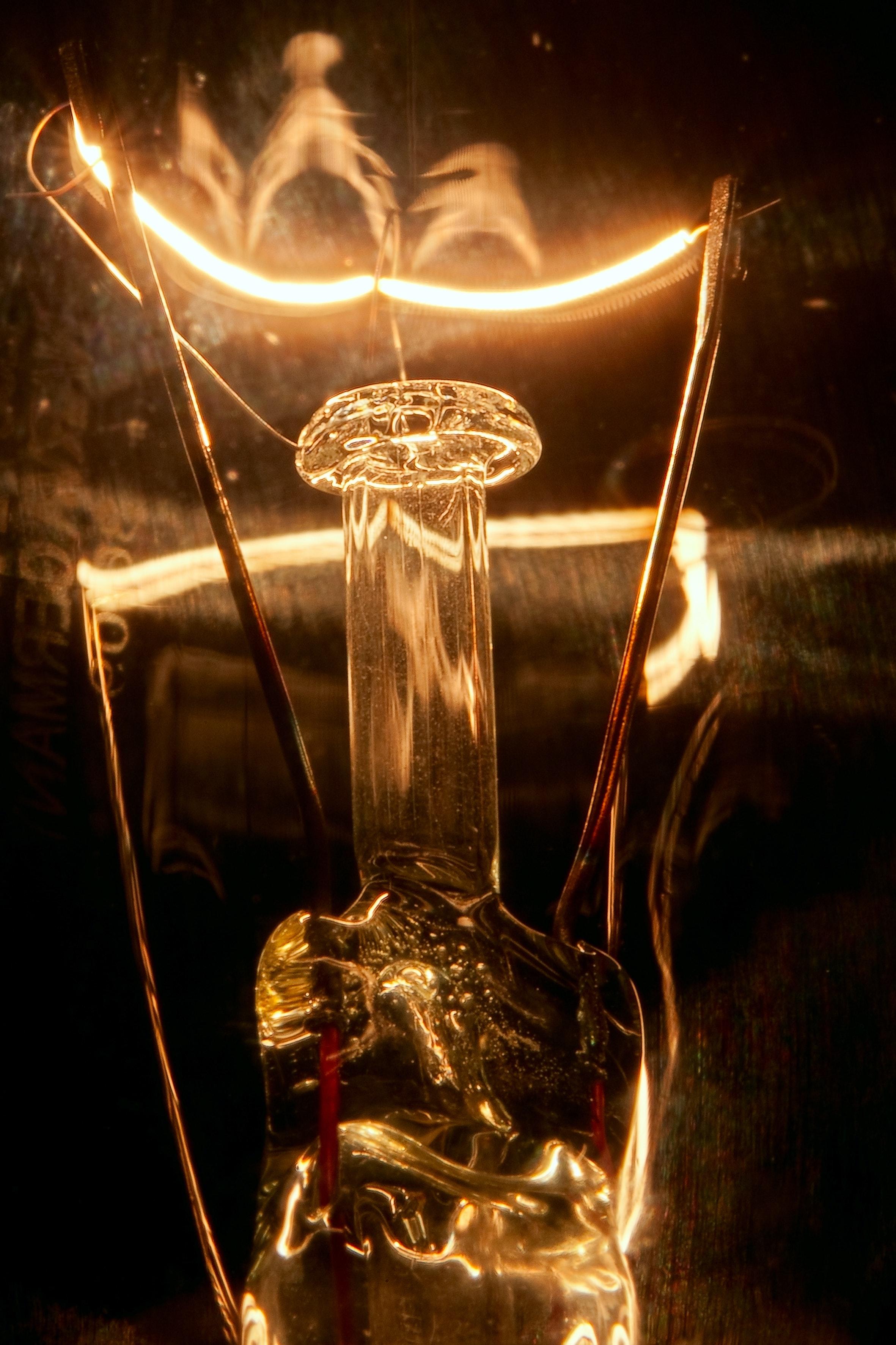 Bulb metaphor science in Switzerland