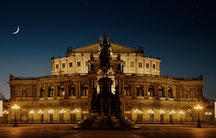 Semper Opera - Metaphor: Working in Dresden